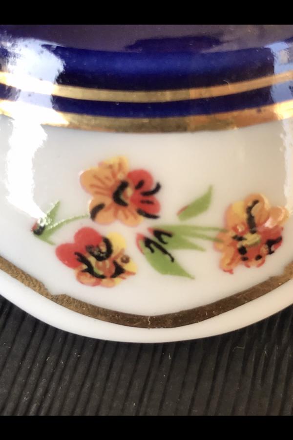Fransız porselen mumluk
